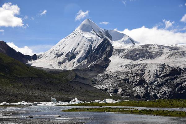 Sapu mountain Tibet