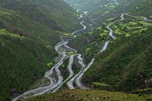 Tibet landscape road in green river valley
