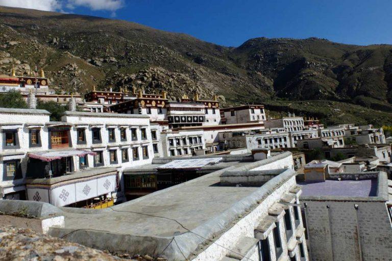 Drepung Monastery Size